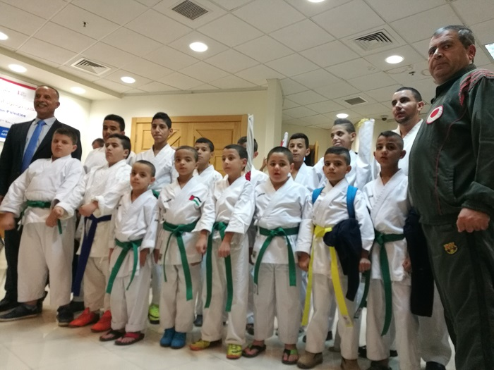 (写真:空手はパレスチナの子どもの習い事としても大人気)